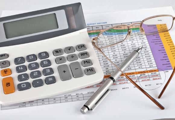 תזרים מזומנים, הוצאות והכנסות